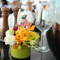 1優雅餐桌花藝-3