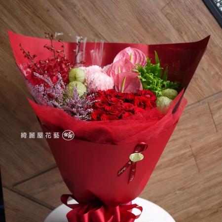 高雄花店綺麗屋|最愛媽媽母親節花束【AA155】