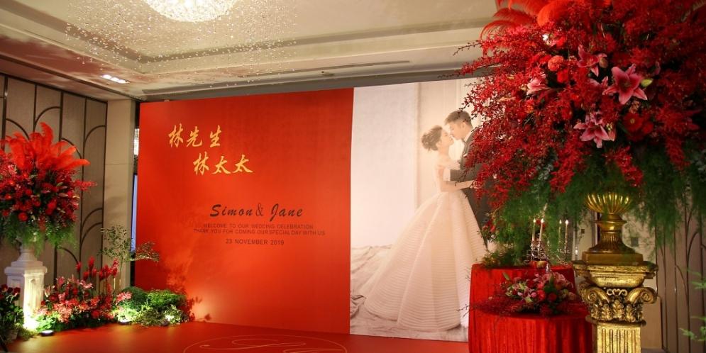 高雄漢來巨蛋婚禮佈置・高雅紅色婚禮提案│專業高雄婚禮佈置綺麗屋