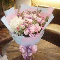 玫瑰與繡球情人節花束【AA207】高雄花店網路訂花